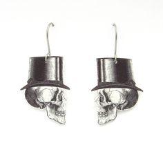 Gentlemen skulls earrings