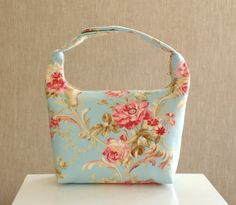 Lunch Bag Insulated Women Lunch Bag Work Lunch Tote by LeLaStudio