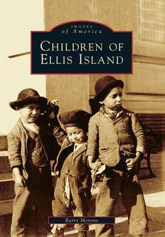 Children of Ellis Island Ellis Island, American Revolutionary War, Reading Rainbow, Classic Books, I Love Books, History Books, Book Photography, Kids Learning, American History