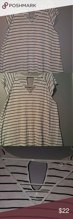Flowy cap sleeve top Key hole on top back and cut outs on the top front. Maurices Tops