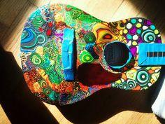 ...Guitarra color.. Music Sing, Sound Of Music, Art Music, Good Music, Ukulele Art, Guitar Art, Painted Ukulele, Painted Guitars, Guitar Painting