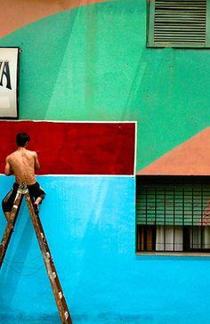 La Boca, Buenos Aires. (Lots of tourists, but even more colors)