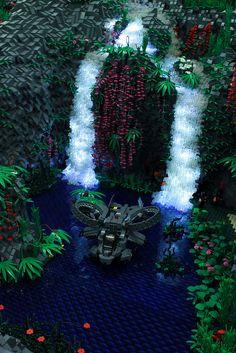 itlego:    Avatar / Scorpion Gunship  Avatar Waterfall: Jörg Kempe / Scorpion Gunship: Andreas    I mean, WOW. Like, WOW. -MBG