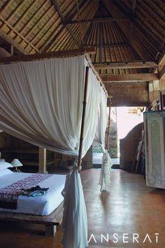 Bali boutique hotel with canopy beds // Temple Lodge Bingin // www.anserai.com