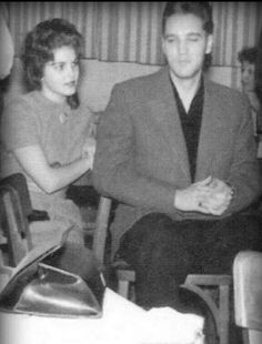 Elvis dating a 14 year old