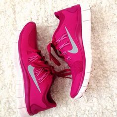 womens nike shoes