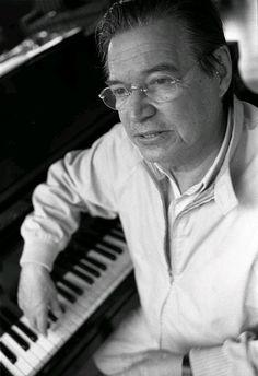 Tom Jobim Tom Jobim, Types Of Music, Samba, Brazil, Singers, Jazz, Toms, Posters, Change