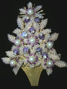 Spectacular early stanley hagler like haskell christmas tree pin Jewelry Tree, Old Jewelry, Jewelry Crafts, Jewellery, Charm Jewelry, Silver Jewelry, Purple Christmas, Noel Christmas, Vintage Christmas