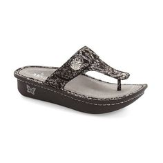 Women's Alegria 'Carina' Sandal (7.170 RUB) ❤ liked on Polyvore featuring shoes, sandals, medieval leather, alegria sandals, light weight shoes, alegria shoes, leather shoes and alegria footwear