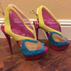 **SOLD**Christian Louboutin Farfamesh Authentic Christian Louboutin Multicolor Farfamesh heels. These are in great condition with no visible signs of wear except minimal wear to sole. These are size Eur 39.5. They will best fit U.S. size 8. Comes with dust bag only, no box. Christian Louboutin Shoes