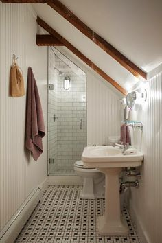 3 Miraculous Useful Ideas: Attic Exterior Lazy Sunday attic conversion door.Attic Insulation Old Houses attic renovation slanted ceiling. Loft Bathroom, Upstairs Bathrooms, Bathroom Small, Master Bathroom, Sloped Ceiling Bathroom, Master Baths, Slanted Ceiling Bedroom, Dream Bathrooms, Bungalow Bathroom