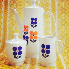 Vintage 1970s Coffee Pot And Matching Bowl And Jug door Pommedejour, $40.00