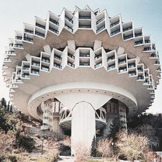 today we are going to post some #brutalist buildings we find most intriguing. first up is the 'druzhba holiday center' in the soviet resort town of yalta ukraine and built in 1984 by ukrainian architect igor vasilevsky.  #architecture #designboom #brutalism #igorvasilevsky by designboom
