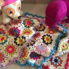 #new #available #now #newborn #colorful #blanket #handmade #crochet #babygirl #babyboy #best #gift #tiny_for_kids #TinybyMJ #tel📞791002245/6/7/8/9 #whatsup 70365654 #crochetaddict #cadeau #recherché #👶 #👼 #design #babies #room #decor #💝
