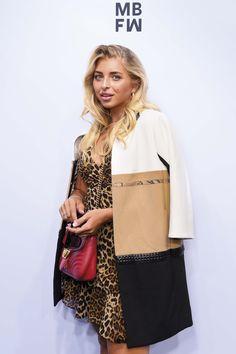 Bell Sleeves, Bell Sleeve Top, Berlin, Tops, Women, Fashion, Moda, Fashion Styles, Fashion Illustrations
