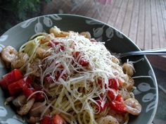 Tuscan Pasta dish tossed with white wine and fresh crab meat Fish Recipes, Seafood Recipes, Pasta Recipes, Dinner Recipes, Cooking Recipes, Pasta Meals, Best Italian Recipes, Great Recipes, Pasta Dishes