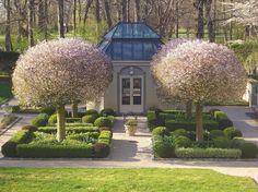 """gardeninglovers: """"Overlooked Garden Design Asset - Private Newport """""""