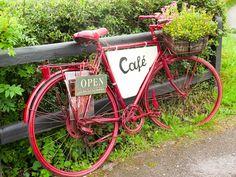 Pedals & Boots Café I @SatuVW I Destination Unknown