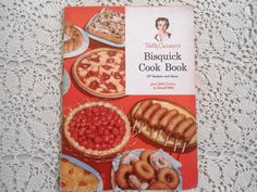 1950s Vintage Recipe Booklet Bisquick Cook Book. $7.50, via Etsy. #wantit