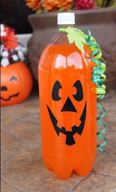 <b>Turn your refrigerator into a ghost, or make a jack-o'-lantern out of a pineapple.</b>
