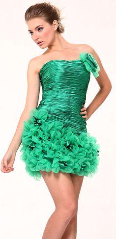 Vestidos para Graduación Cortos - Para Más Información Ingresa en: http://vestidosdenoviasencillos.com/2013/09/25/vestidos-para-graduacin-cortos/