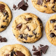 Thermomix dark chocolate cookies, an ideal cake for your breakfast snack. easy, here is the thermomix recipe for dark chocolate cookies. Best Chocolate Chip Cookie Recipe Ever, Chocolate Chip Recipes, Best Cookie Recipes, Gourmet Recipes, Baking Recipes, Dessert Recipes, Chocolate Chips, Chocolate Cookies, Choco Chip Cookies