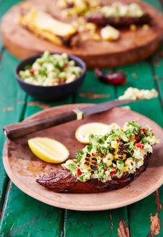 Sweet potato with smoky guacamole Outdoor Food, Guacamole, Sweet Potato, Tacos, Potatoes, Ethnic Recipes, Cookout Food, Potato