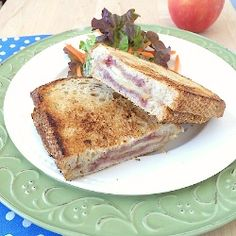 Apple and Brie Grilled Cheese Recipe