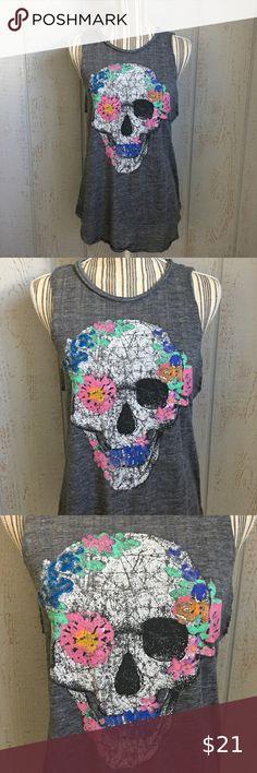 Plaid Skull /& Crossbones Bright Yellow Juniors Soft T-Shirt