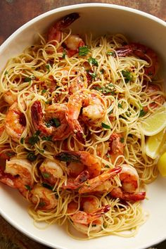 This shrimp scampi recipe incorporates large shrimp cooked with garlic and then served over linguine pasta with a buttery wine sauce to create the ultimate quick and easy weeknight dinner recipe. Whether you're eating this seafood recipe as a quick and easy lunch, or as a 20-minute weeknight dinner recipe, it's a great way to incorporate shrimp into a classic Italian recipe.#shrimpscampi #shrimprecipes #pastarecipes #seafoodrecipes #weeknightdinnerrecipes #weeknightdinner #20minutedinners Pasta Recipes For Diabetics, Yummy Pasta Recipes, Shrimp Recipes, Meat Recipes, Healthy Recipes, Diabetic Recipes, Slow Cooker Lasagna, Scampi Recipe, Healthy Food Choices