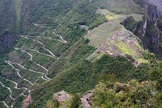 Según documentos de mediados del siglo XVI, Machu Picchu habría sido una de las residencias de descanso de Pachacútec, noveno inca del Tahuantinsuyo entre 1438 y 1470. Sin embargo, algunas de sus mejores construcciones y el evidente carácter ceremonial de la principal vía de acceso a la llaqta demostrarían que esta fue usada como santuario religioso. Ambos usos, el de palacio y el de santuario, no habrían sido incompatibles