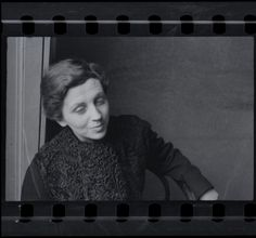 Gerda Taro, photo by Fred Stein,