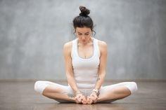 15 Minuten Yoga am Morgen – das tut gut! 15 Minuten Yoga am Morgen – das tut gut! Fitness Workouts, Pilates Workout, Fitness Del Yoga, Easy Workouts, Exercise To Reduce Hips, Reduce Thighs, Reduce Thigh Fat, Yin Yoga, Yoga Bewegungen
