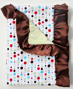 Classic Red Dot Line Ruffle Blanket