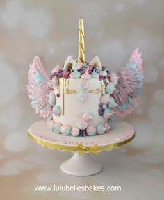 Magical Unicorn gold drip cake
