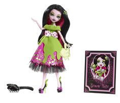 Monster High Scary Tales Draculaura as Snow Bite: Amazon.co.uk: Toys & Games