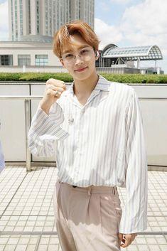 Dorky smile on a beautiful man Seventeen Scoups, Jeonghan Seventeen, Woozi, Mingyu Wonwoo, Hip Hop, Vernon, Choi Hansol, Adore U, Seventeen Wallpapers