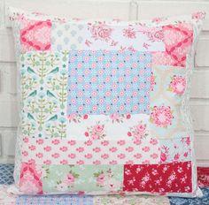 Almofada - Patch Tilda - Tilda « True Friends   Quilt   Patchwork   Patchcolagem   Tecidos Importados