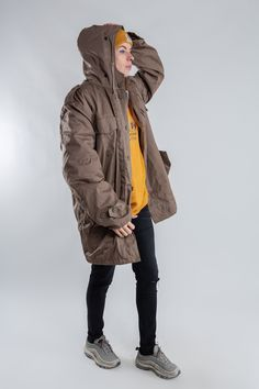 Light brown men's army parka / Vintage army green jacket / Teddy army coat / Ladies army green jacket / Vintage Lined winter jacket / Size L by LHITW on Etsy #streetwear #lhitw #etsy #styleinspiration #vintagefashion #hypebae #baesmentapproved #outfitoftheday #outfitinspiration #vintage #80s #90s #ootdfashion #lookbook #trend #style #vintage #festival #sportswear #genderqueer #unisex #winterclothes #winterfashion Army Coat, Vintage Festival, Green Jacket, Ootd Fashion, Army Green, Coats For Women, Vintage Shops, Parka, Outfit Of The Day