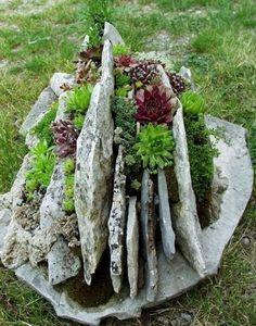 Stunning Rock Garden Landscaping Design Ideas (75)