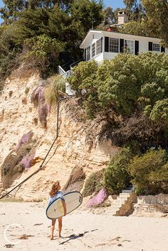 Laguna Beach cottage on a cliff Un Real Estate Pinterest