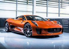 Este es el Jaguar C-X75 de la película Spectre