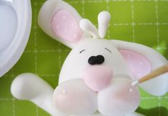 How to make a cute fondant bunny