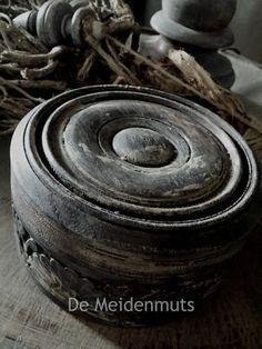 De Meidenmuts: chloorbad, loogbeits van Esatto 'verbrande eik'