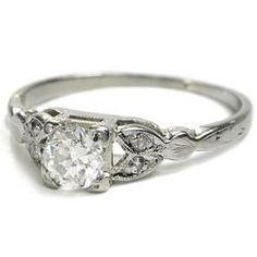 Love the setting on this ring!
