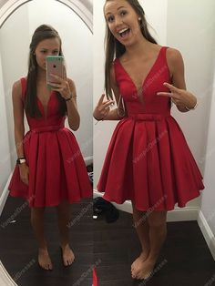 118.00$ Buy here - http://vijlt.justgood.pw/vig/item.php?t=2dsmi455112 - Simple Red Sleeveless V-Neck Ruched Skirt Knee Length Homecoming Dress 118.00$