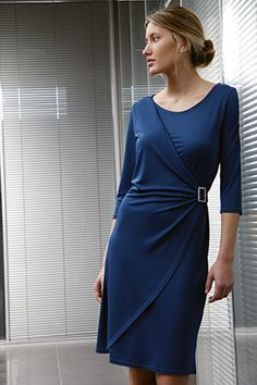 Elisa Cortés-Colección Elisa Cortés African Print Fashion, African Fashion Dresses, Fashion Prints, Ankara Styles, Couture Dresses, Bodice, Dresses With Sleeves, Long Sleeve, Vestidos