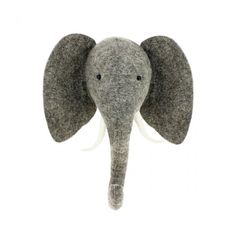 Wall-mounted grey felt elephant head from Fiona Walker England Part of the mini sized collection of jungle animals All of Fiona Walker s animal heads Small Elephant, Grey Elephant, Elephant Head, Elephant Nursery, Elephant Crafts, Safari Nursery, Animal Nursery, Plush Animals, Felt Animals