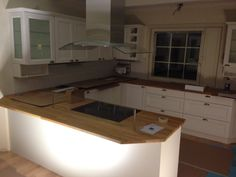 Almost done. Pustelli kitchen / kök / keittiö