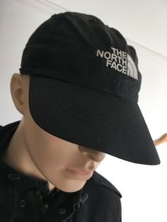 83802fd9249 THE NORTH FACE - MENS OR WOMENS SMALL - BLACK BASEBALL CAP HAT  fashion
